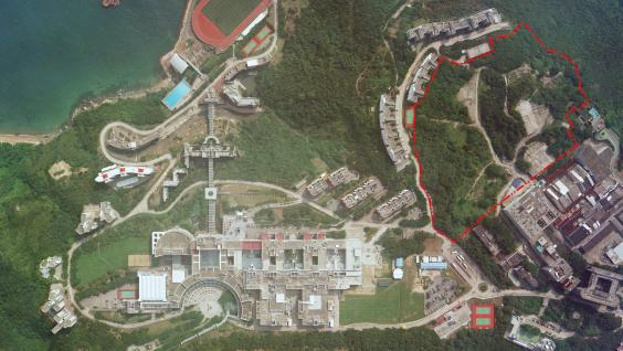 "A bird's eye view of HKUST Campus. The ""Lee Shau Kee Campus"" is circled with red line"