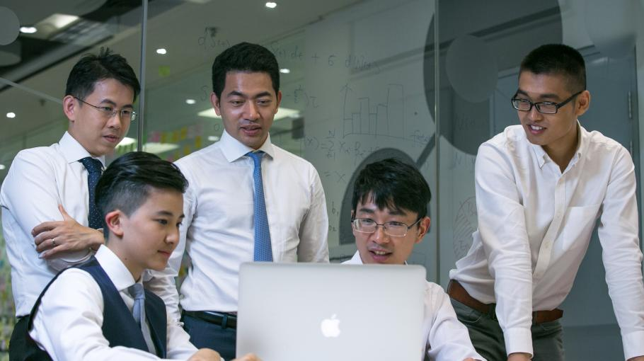 The Robo-Advisory Firm Incubated in a Library